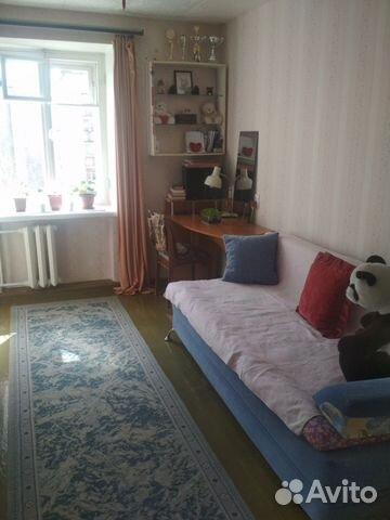 Продается четырехкомнатная квартира за 2 600 000 рублей. ул Дзержинского, 64.