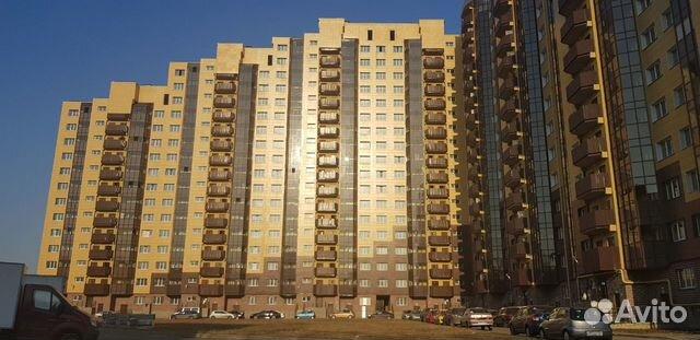 Продается трехкомнатная квартира за 5 850 000 рублей. Санкт-Петербург, Колпинский район, посёлок Металлострой, Центральная улица, 19к3.