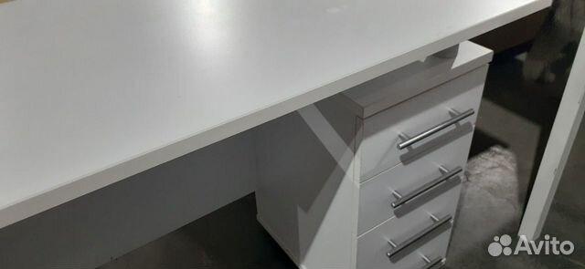 Стол рабочий белый с встроенной тумбой б.у  89220229307 купить 1