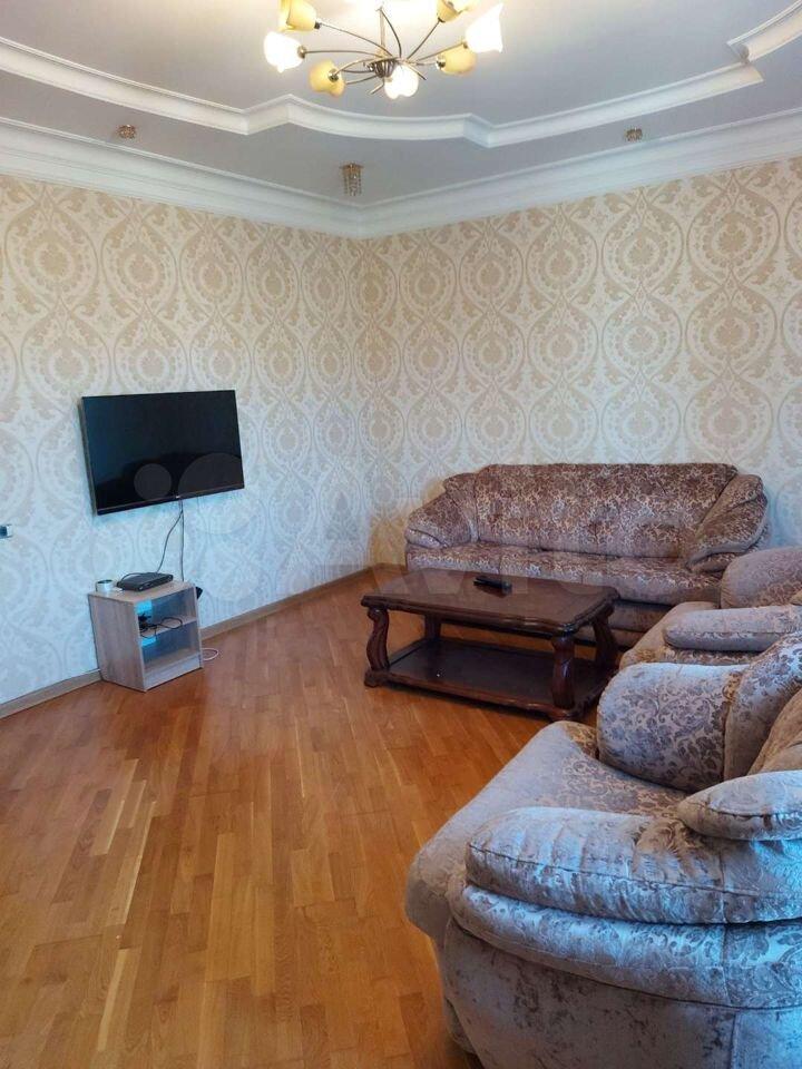 2-к квартира, 90 м², 2/10 эт.