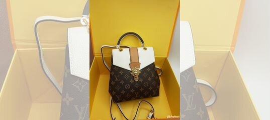 a7314efd3e0d Рюкзак женский LV Louis Vuitton 4 расцветки купить в Москве на Avito —  Объявления на сайте Авито